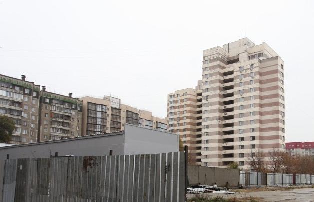 Прокуратуре удалось остановить строительство 25-этажной высотки на Северо-Западе Челябинска