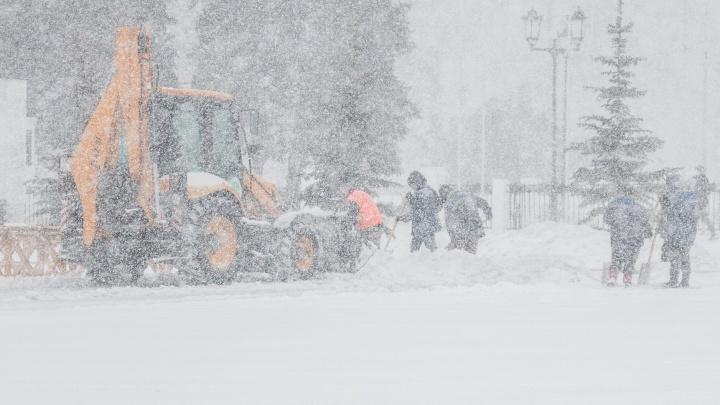 «Дворники будут работать с 8 утра и до упора»: в мэрии Самары озвучили планы по борьбе со стихией