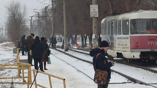 В Волгограде на полтора часа остановилось движение трамваев