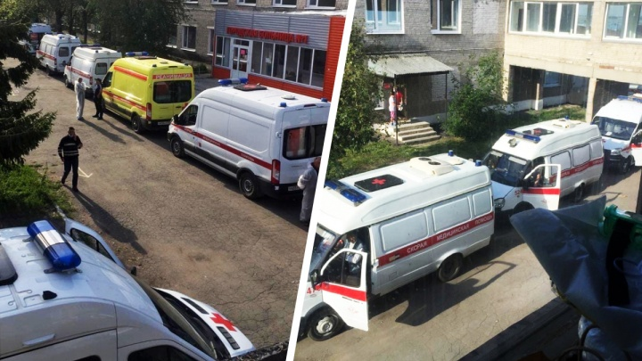 «Страшное зрелище»: в больнице под Челябинском выстроилась огромная очередь из скорых