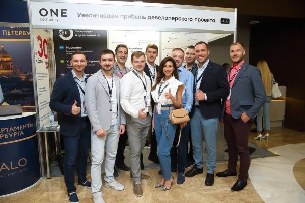 """Более 70 партнеров <nobr class=""""_"""">из 25 городов</nobr> <nobr class=""""_"""">от Владивостока</nobr> <nobr class=""""_"""">до Калининграда</nobr> заинтересовались уникальным предложением <nobr class=""""_"""">One Company</nobr>"""