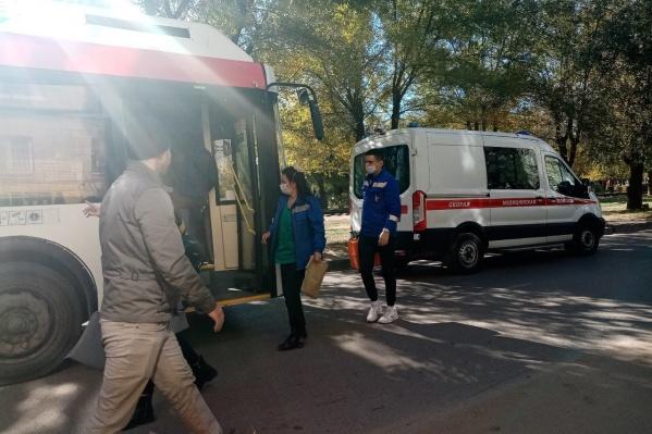 Водитель автобуса потерял сознание прямо на ходу