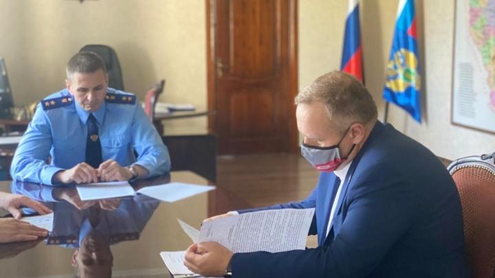 Генпрокуратура вынесла предостережение замгубернатора Кузбасса. Объясняем, что это значит