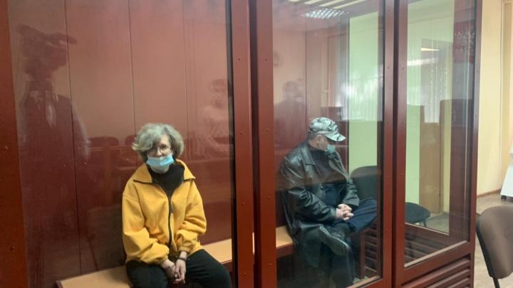 В Екатеринбурге вынесли суровый приговор приемным родителям, которые избили до смерти ребенка-инвалида