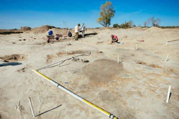 Археологи ведут работы около села Акузово