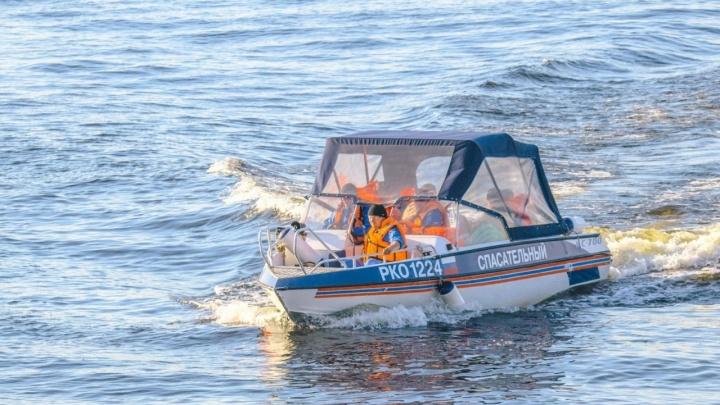 В Самаре нашли тело четвертого мужчины, который был на катере, протаранившем баржу