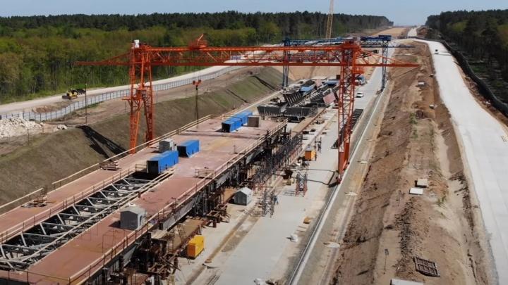 Аудиторы заявили о проблемах с землей у строителей моста через Волгу у Климовки