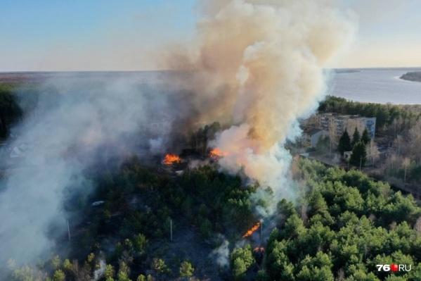 Подобные пожары могут обернуться большой бедой