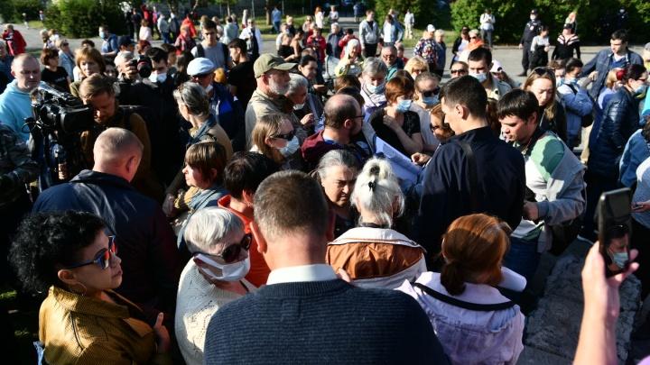 Горожане договорились с мэрией о ремонте сквера на Опалихинской