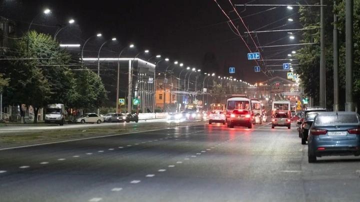 В Кемерове устанавливают светодиодные лампы. Называем улицы, где они появятся