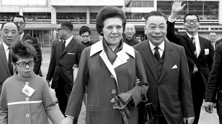 Необыкновенная история Фаины с Уралмаша: как простая станочница стала первой леди Китайской Республики