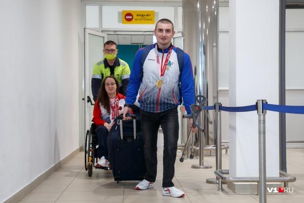 Паралимпийцы прилетели утренним рейсом «России»