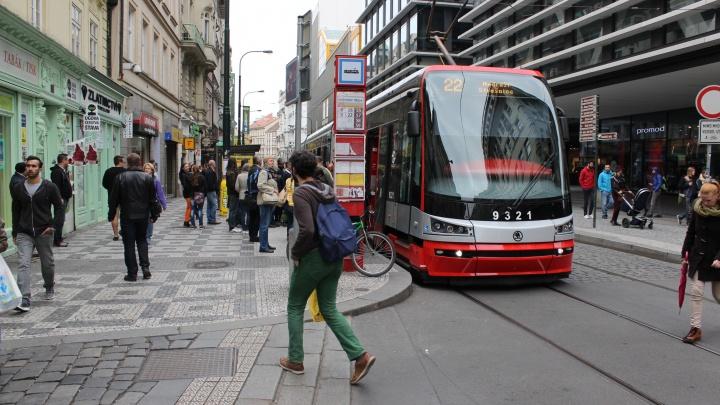 Как трамвай спасет Новосибирск: опыт других стран, пустые мечты о метро и специальные «выделенки» (смотрите фото)