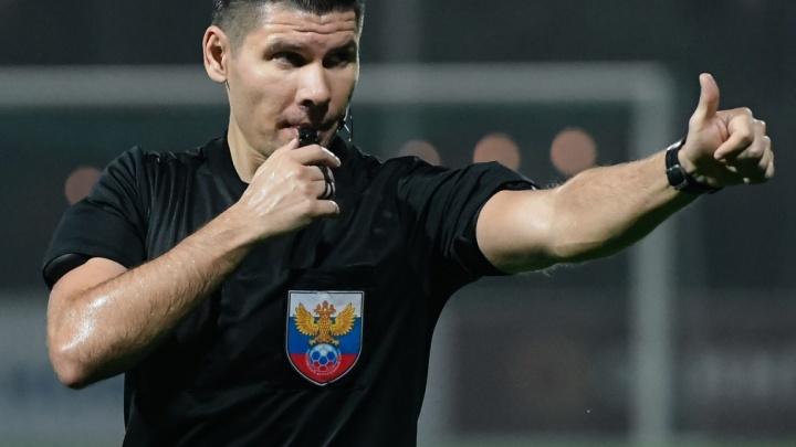 «Что это?!» В ФК «Уфа» матом отреагировали на решение судьи в игре с «Ахматом»