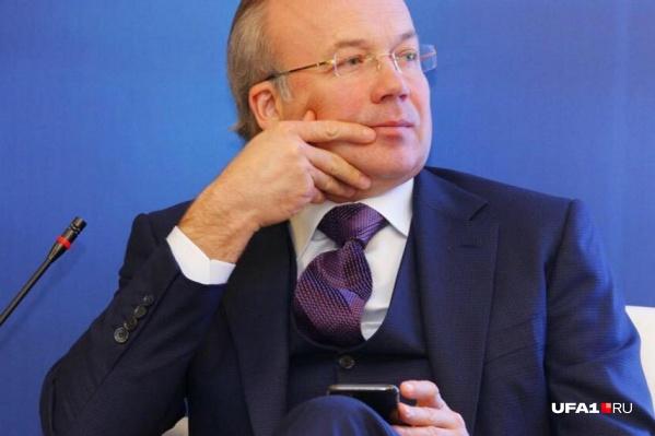 По мнению Андрея Назарова, нарушающие облик Уфы высотки — повод для отдельного разбирательства