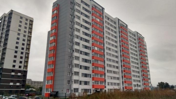 Как странные фирмы строили для сотрудников ФСБ 14-этажный дом. Расследование Ильи Калинина