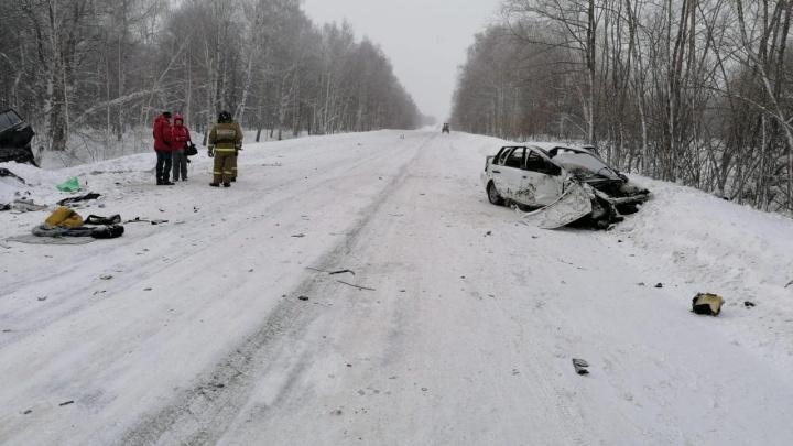 Опубликованы кадры с видеорегистратора машины, попавшей в смертельное ДТП в Башкирии