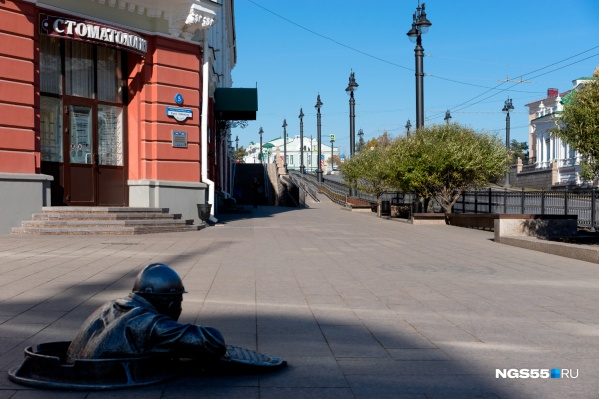 Автомобиль нужно пригнать к гаражу вуза на улице Ленина