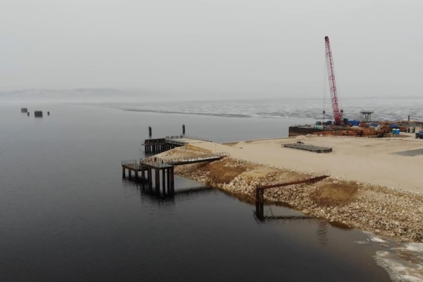 Лед на участке строительства уже сошел