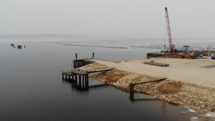 К половодью готовы: строительство моста через Волгу сняли с высоты