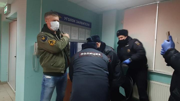 Экс-мэра Евгения Ройзмана, задержанного в Москве, обвинили в сотрудничестве с нежелательной организацией