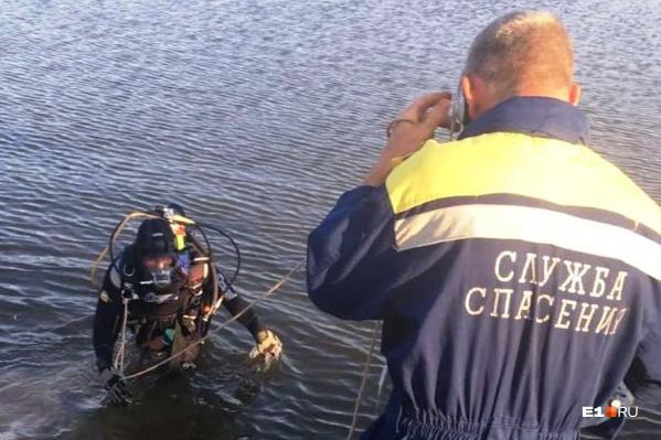 Тело погибшего подростка нашли водолазы