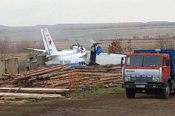 Самолет взлетел в 09:05, а в 09:11 спасателям поступил сигнал о крушении