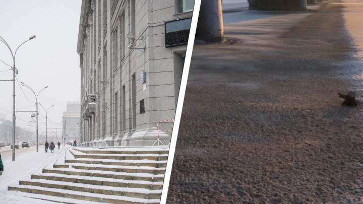 «Это был форс-мажор»: в мэрии объяснили, почему снегоуборщик скидывал грязь с моста в Обь