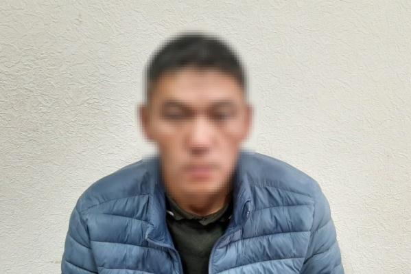 Утнасун Нюрюпов несколько лет назад окончил институт МВД в Хабаровске