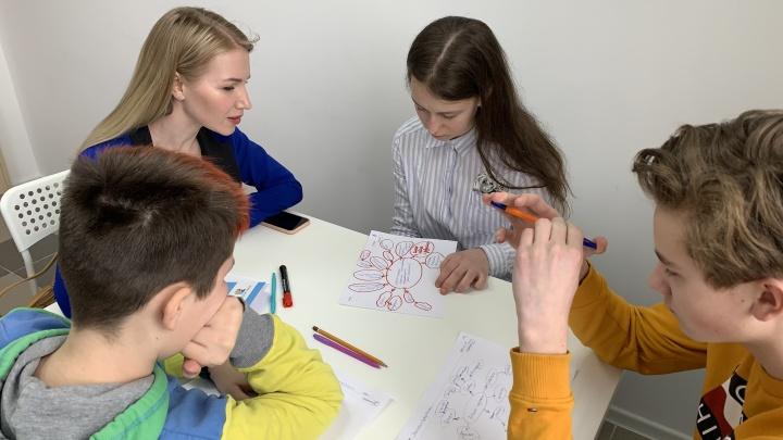 «В будущем это пригодится каждому»: в Архангельске открылась школа, где детей учат вести бизнес