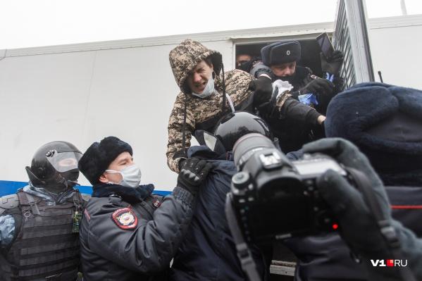 Силовики задерживали самых активных митингующих