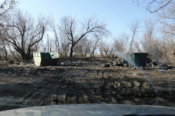 Теперь мусорная площадка очищена от покрышек