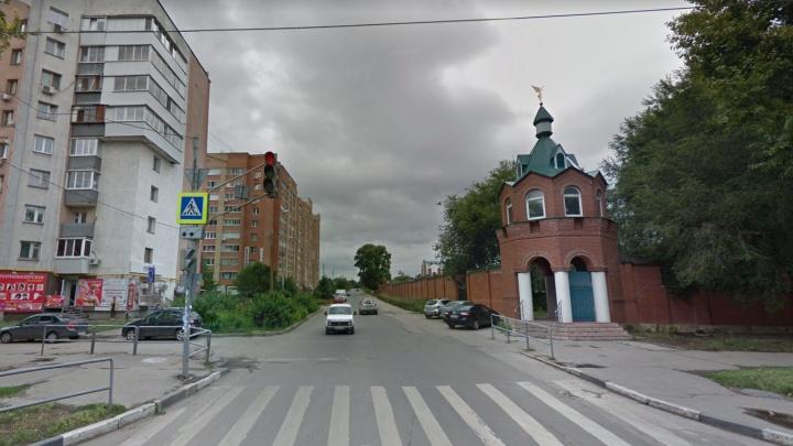 В Самаре улицу Нагорную перекрыли на два месяца