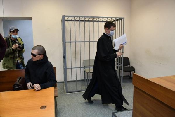 Тимофея доставили в суд впервые. На прошлые два заседания он не явился