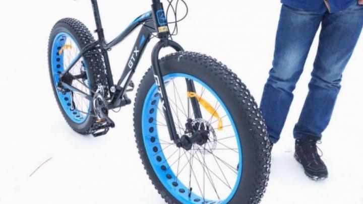 «Смазка густеет, ехать тяжелее»: красноярец рассказал об опыте езды на велосипеде при минусовых температурах