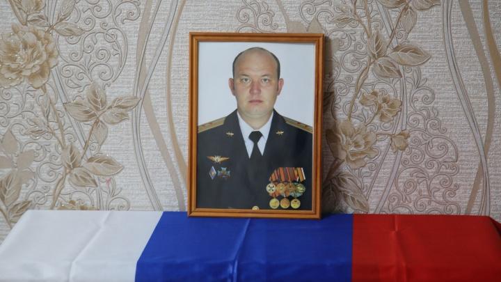 После авиакатастрофы Ту-22М3: кто поможет смертельно больному ребенку майора Султанова