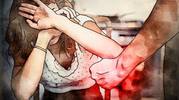 «Он морально изнасиловал мой мозг». История екатеринбурженки, которую бил и унижал любимый человек