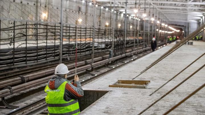 Что происходит ночью на «Спортивной»? Как выглядит сейчас строящаяся станция метро у будущего ЛДС