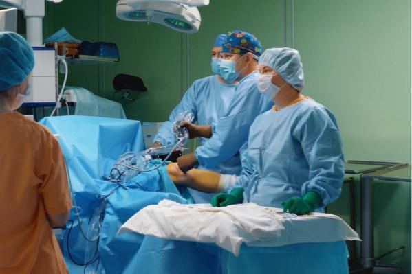 Операции проходят в комфортном стационаре, лечение занимает 7-10 дней