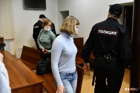 Елена Николаева в Кировском районном суде свою вину не признала