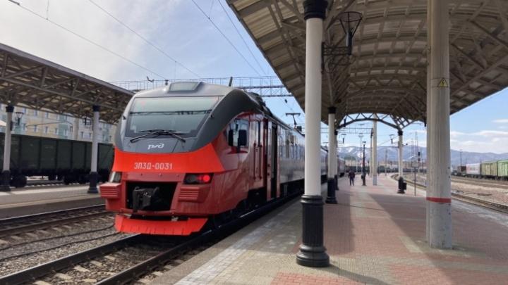 Семь дополнительных электричек запустили со станции Красноярск Северный