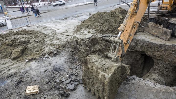 «Как-то привыкли уже»: жители Дзержинского района Волгограда больше суток ждут возвращения воды