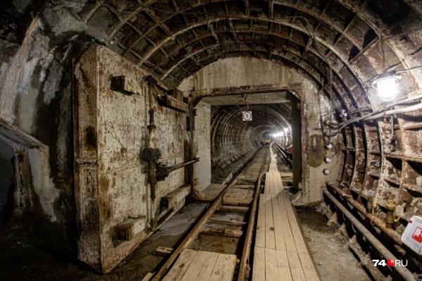 Просто закрыть дверь в недостороенный челябинский метрополитен невозможно