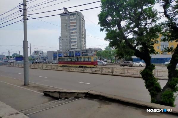 Света нет по Свердловскому району — даже трамваи стоят