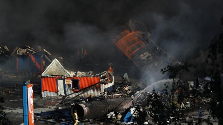 Число пострадавших в пожаре на АЗС в Новосибирске выросло до 35