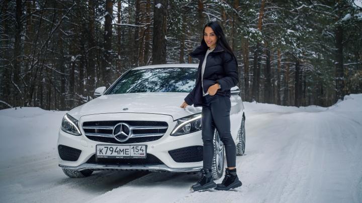 Девушка месяца. История Даши, которая продает недвижимость, ездит на Mercedes-Benz C-класса и обожает спорт