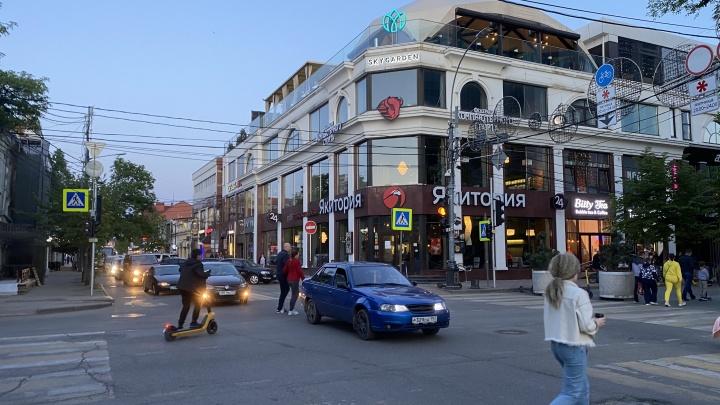 «Губернатор испугался воплей автомобилистов». Варламов раскритиковал приостановку проекта «7 улиц»