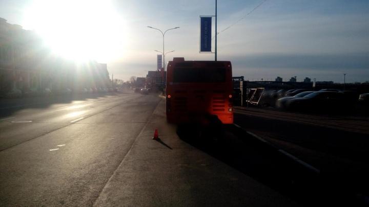 В Нижнем Новгороде пенсионер сломал шейку бедра из-за торможения автобуса