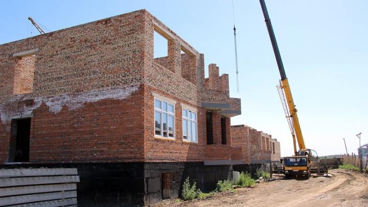 Участок напротив Старо-Северного кладбища в Омском районе предложили застроить жильем