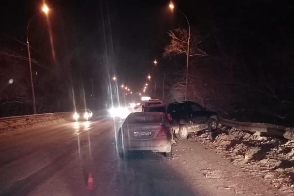 Авария произошла на улице Мира